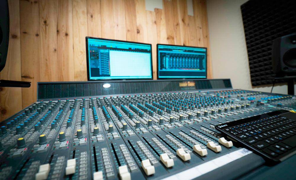 tabla de mezclas estudio de grabación oh yeah records